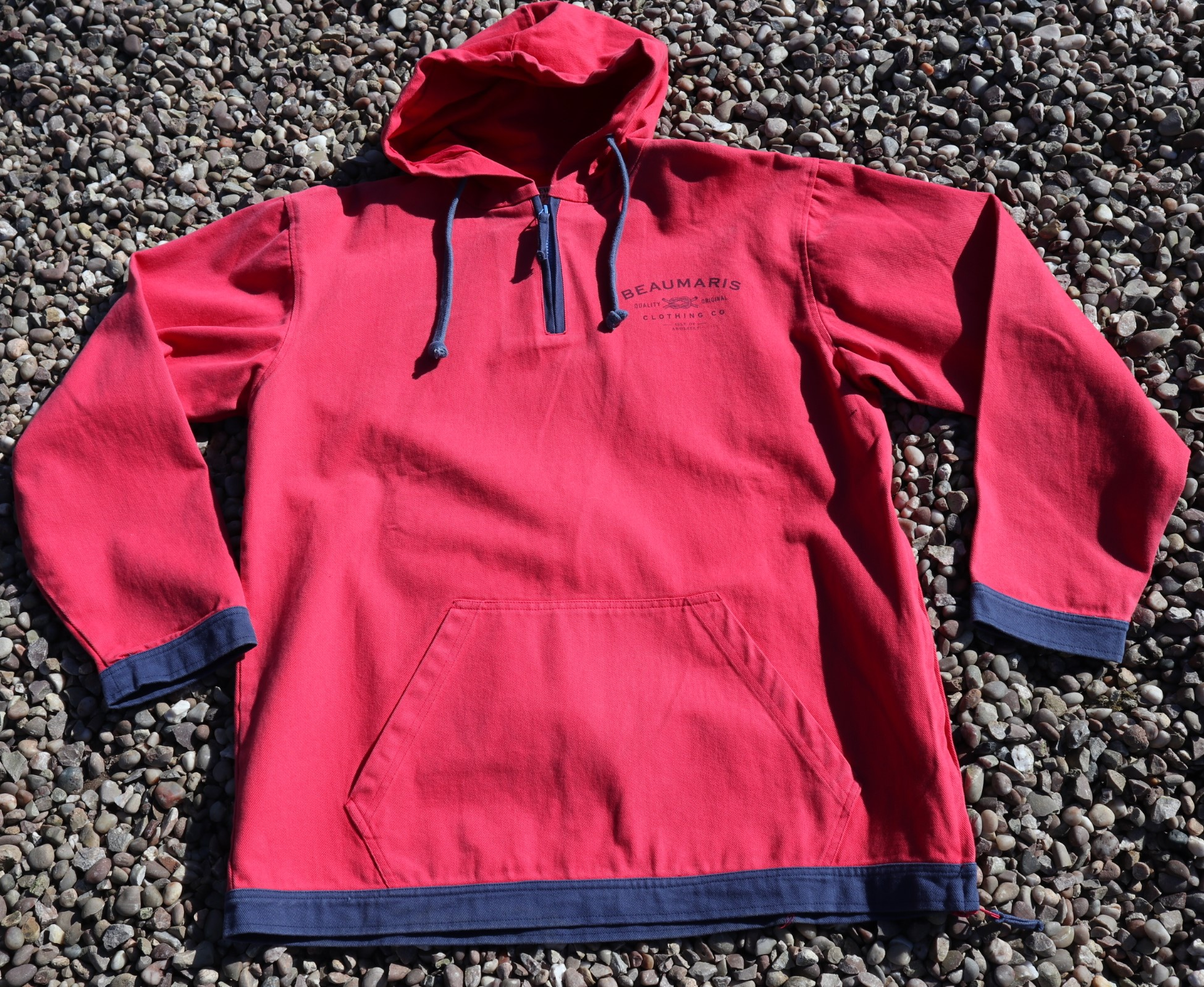 coast canvas hoody with zip neck washed red